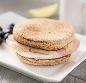 English Muffin Sandwich with Egg, Ham and Swiss