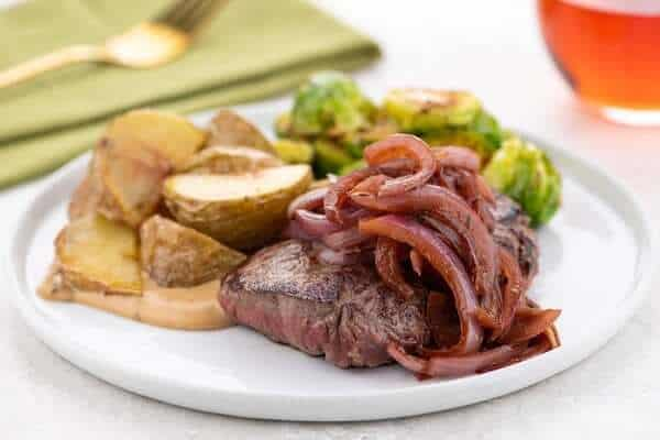 Sirloin Steak and Caramelized Onion Wine Saucehome chef